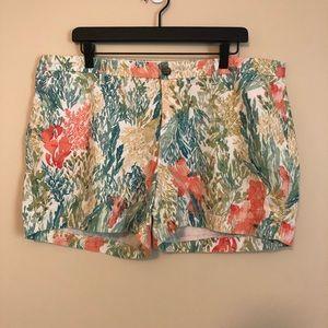 Old Navy White Printed Everyday Shorts
